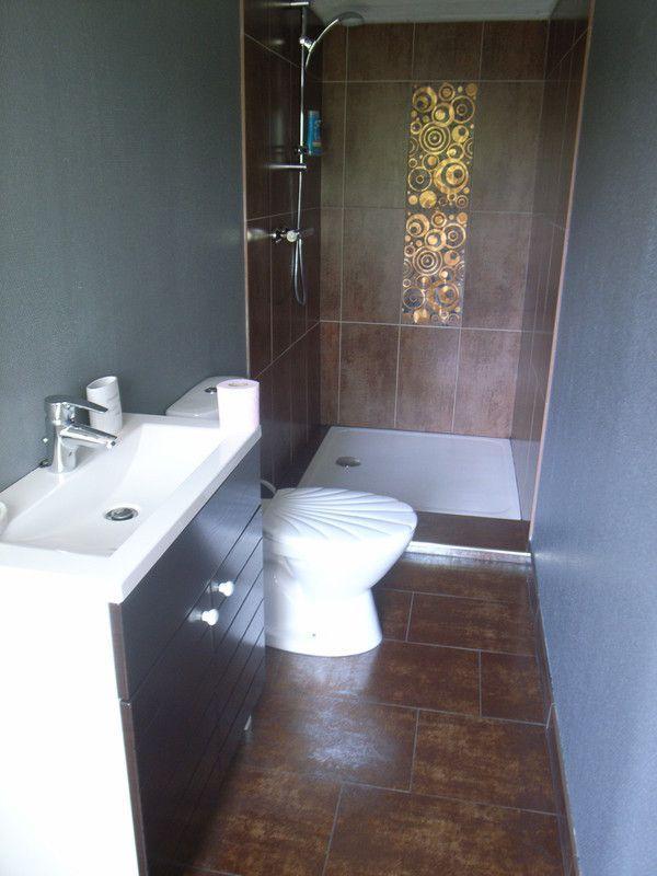 A louer - Etagere etroite salle de bain ...
